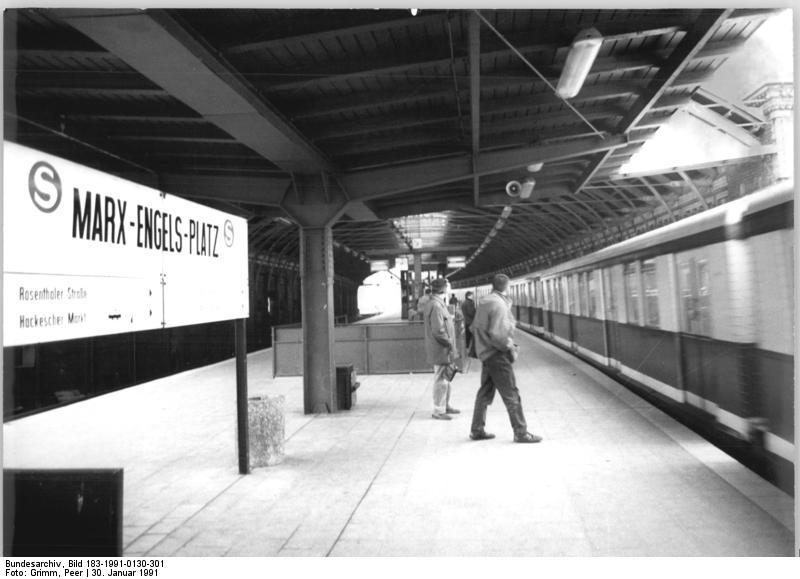 Berlin, S-Bahnhof Marx-Engels-Platz (Hackescher Markt)