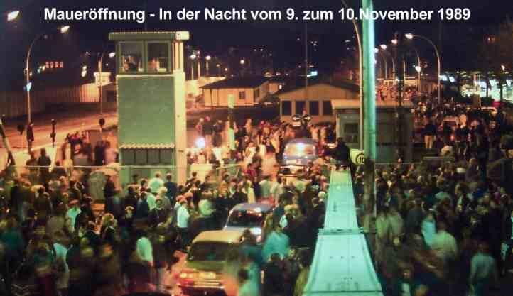Bornholmer_Str_Maueroeffnung_9_November_1989