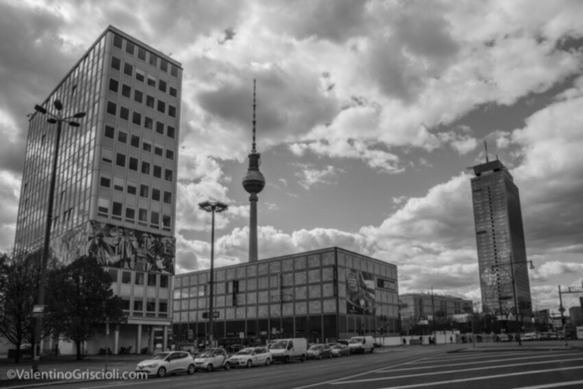 Thirty-six_Views_of_Berliner_Fernsehturm_ValentinoGriscioli-24