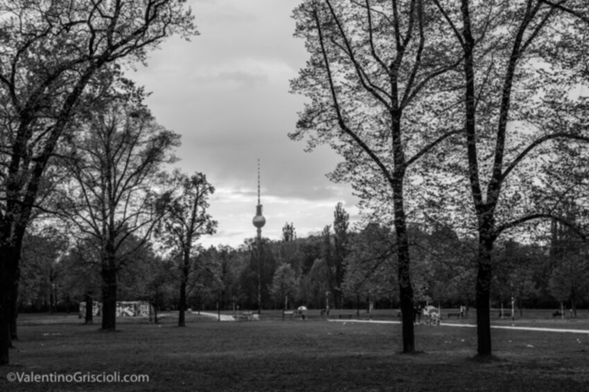 Thirty-six_Views_of_Berliner_Fernsehturm_ValentinoGriscioli-30