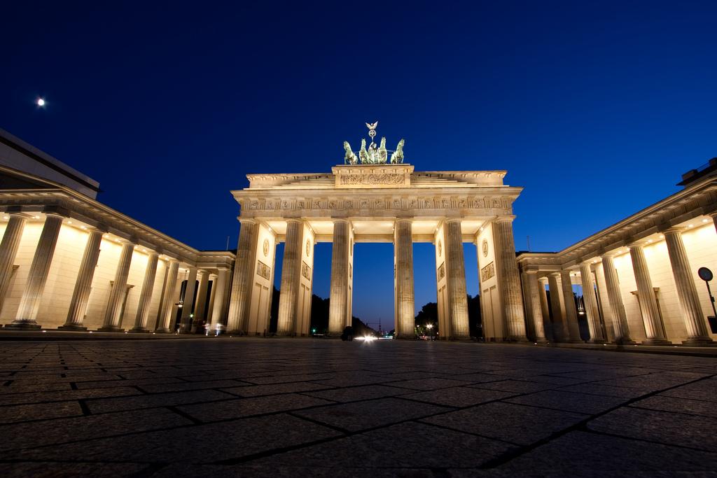 Le 105 cose da vedere visitare fare e mangiare - Berlino porta di brandeburgo ...
