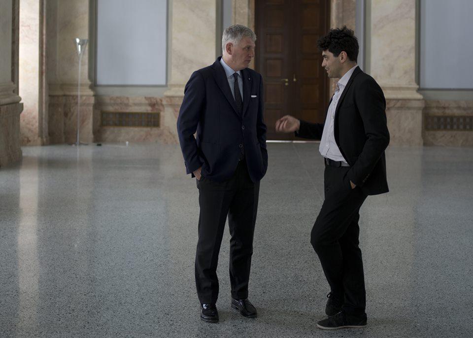 L'ambasciatore Pietro Benassi durante l'intervista ©Lorenzo Pesce
