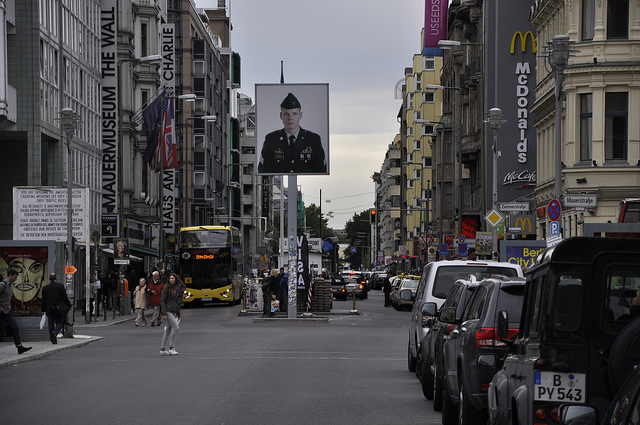 Checkpoint Charlie © Francisco Antunes