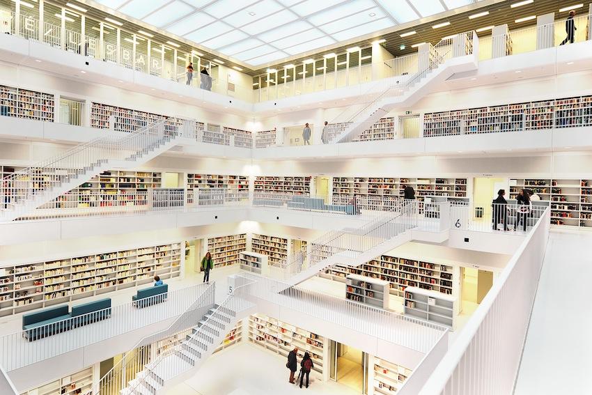 La biblioteca di stoccarda con la stanza del silenzio dove meditare berlino magazine - Lavoro architetto berlino ...