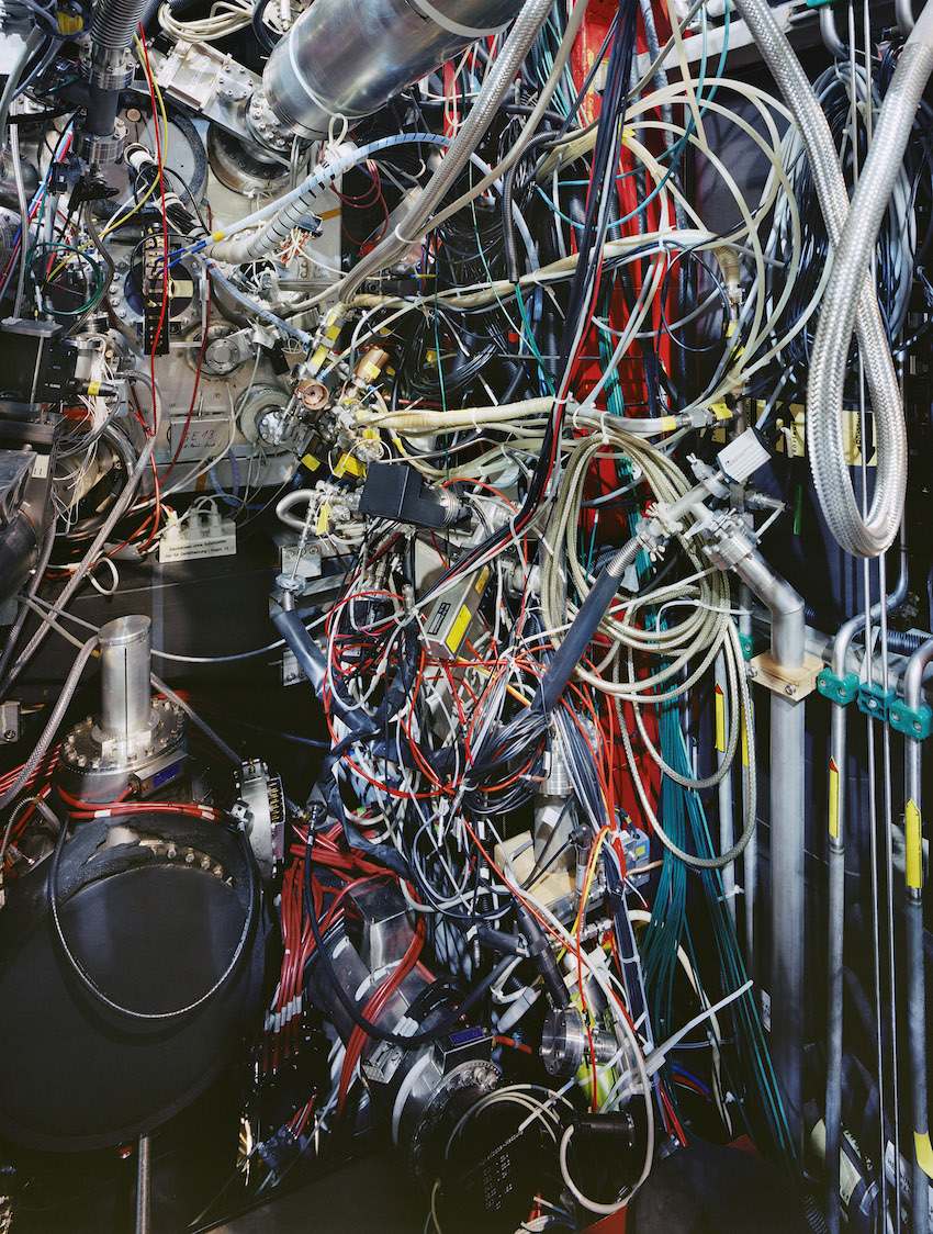 Tokamak Asdex Upgrade Periphery, Max Planck IPP, Graching 2009 © Thomas Struth