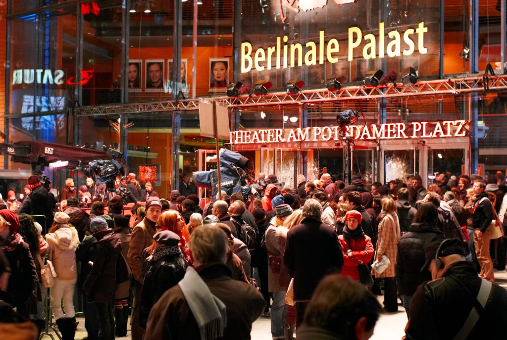Berlinale ©Maharepa CC BY 2.0https://it.wikipedia.org/wiki/Festival_internazionale_del_cinema_di_Berlino#/media/File:Berlinale2007.jpg