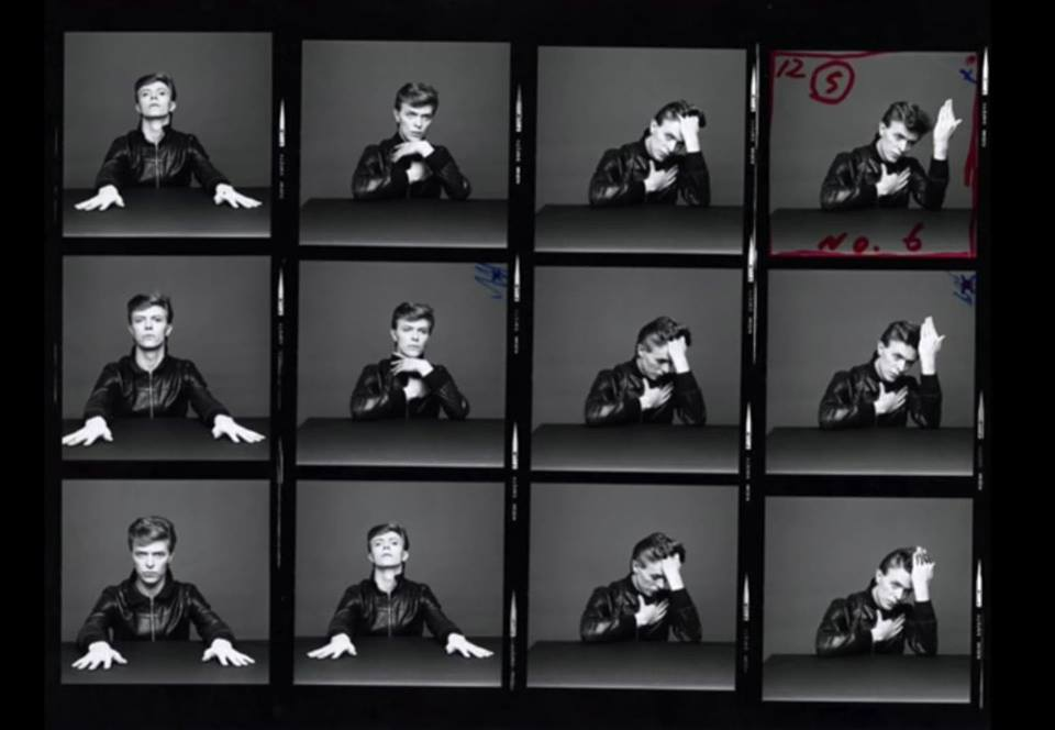 "© David Bowie - Immagine presa dal video Youtube ""DAVID BOWIE :: MUSIC ART AND IMAGE"""