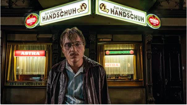 Jonas Dassler. Der Goldene Handschuh (The Golden Glove). Regie/director: Fatih Akin. Foto/photo: © 2018 bomberoint._WarnerBros.Ent._photobyGordonTimpen
