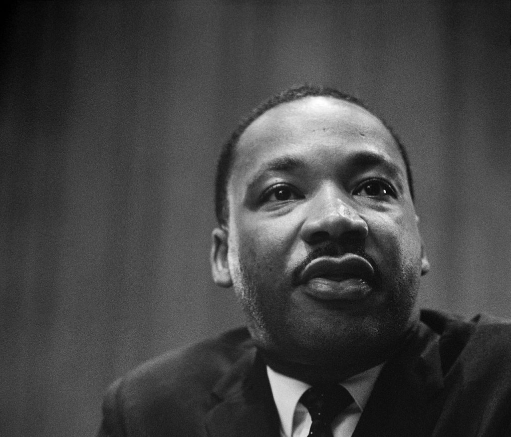 martin luther king https://pixabay.com/it/martin-luther-king-conferenza-stampa-180477/ ©WikiImages CC0