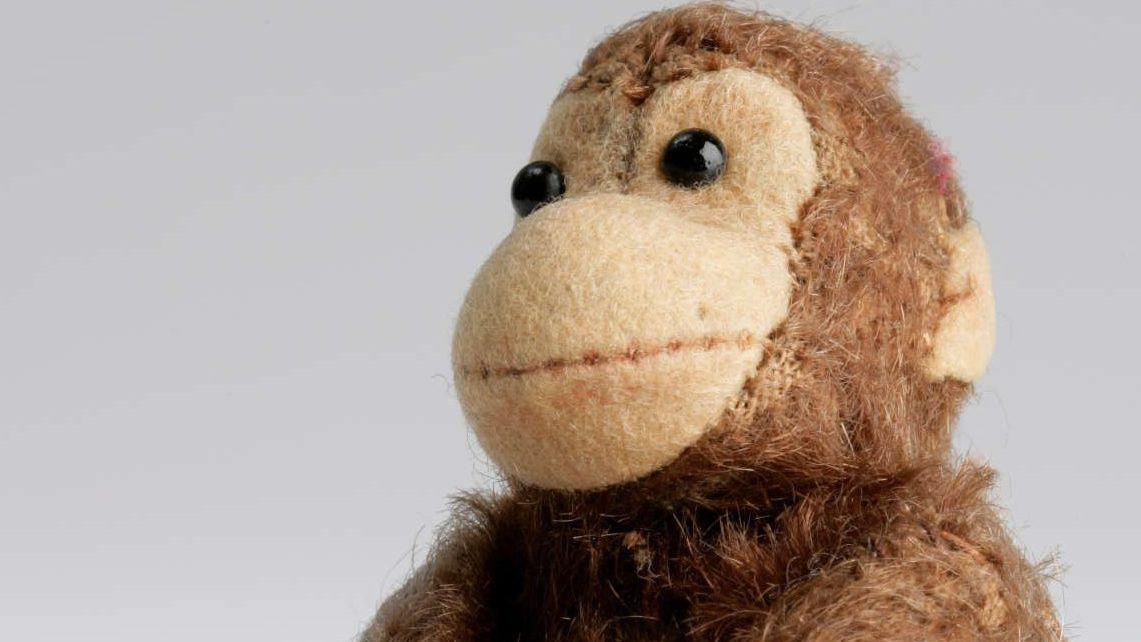 Scimmia  Gerhard Berliner's stuffed monkey © Jewish Museum Berlin, accession 2004/46/0, gift of Gert Berliner.