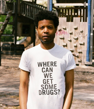 Things that you can say just looking at him http://himnoir.com/doilooklikeiselldrugs