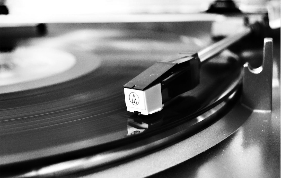 Vinile Photo by Andrea Turner from Pexels