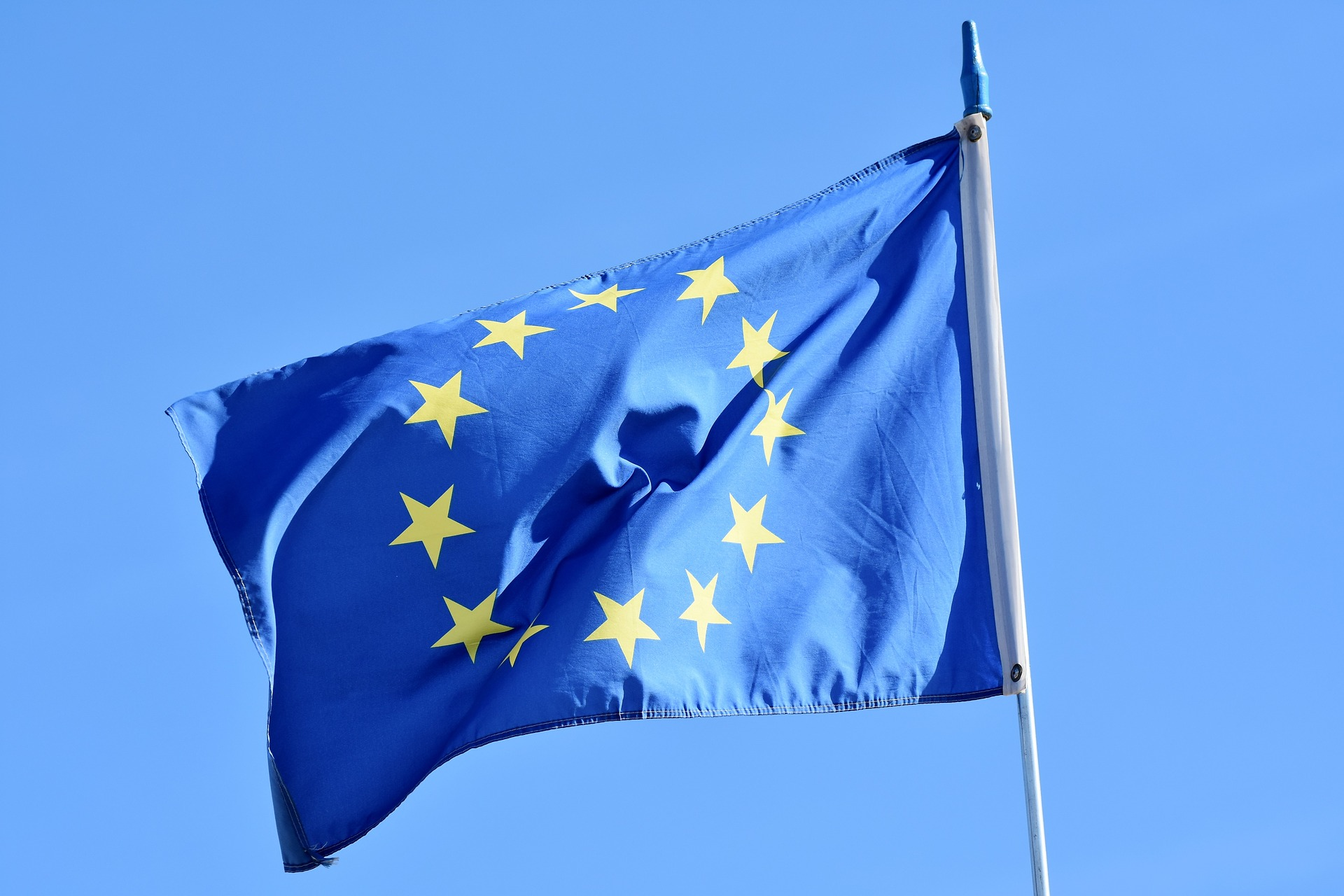Elezioni europee, Capri23auto, https://pixabay.com/it/photos/bandiera-europa-bandiera-europa-3370970/ CCO