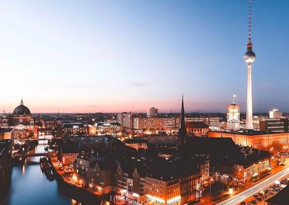berlino, screenshot da pagina Instagram di Berlino Magazine, https://www.instagram.com/p/BwCqg-pHm0S/