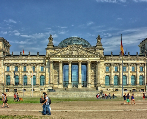 Berlino, ©PeterDargatz, https://pixabay.com/it/photos/berlino-reichstag-governo-51058/