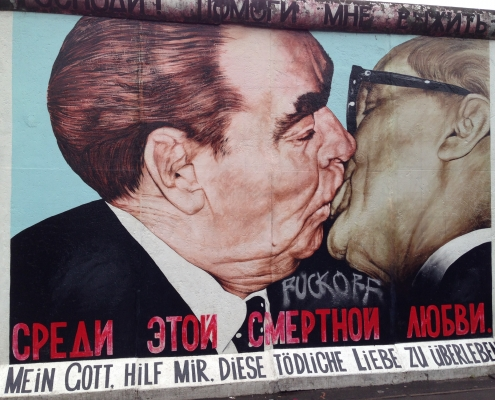 """My God, Help Me to Survive This Deadly Love"" - East Side Gallery, Berlin, ©Andy Hay, https://www.flickr.com/photos/andyhay/35742747195/in/photolist-8gre2p-zse2J-zse5A-8zHBXH-cuRREb-2aw1Xx2-7Khbw3-7eya4q-GWsGZh-JnUpGH-tuXWkh-ewEtK5-bErQ3G-8mpB3g-nPRRod-ddQyFw-nvAQcL-5d8eg7-eTWdGq-cBMgwJ-8bsnXo-nytjMD-5Pnm4w-9DHybE-vyqGca-dAi7pp-bMi9dT-6pBFb8-7d4x3J-yDwDaW-4DJYC1-5PniUu-afHTCB-6dw2i2-zFNvAs-5VjgXa-dyy6X-5PhXrZ-5PhXqX-7A7ZW7-rxZCS-2156cUq-9EwHwU-2DZUc-7SAgvh-ccNKXo-WssVtZ-PrGqhn-rfjun3"