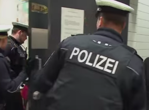 Polizei, screenshot, https://www.youtube.com/watch?v=7Y2YSqo6TvQ