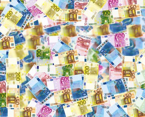 Denaro, Pixabay CC0, https://pixabay.com/it/photos/soldi-contanti-banconote-valuta-496229/ https://berlinomagazine.com/wp-content/uploads/2021/05/money-496229_1920.jpg